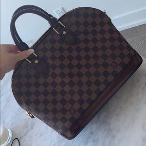 ✨SOLD ✨ Louis Vuitton Alma PM Damier